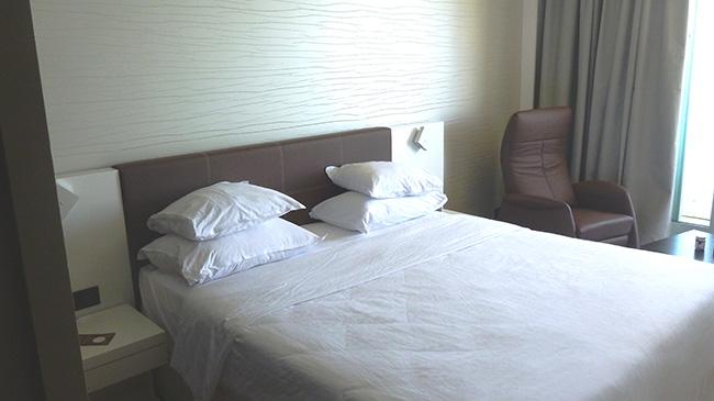 Referenz Sheraton Hotel Tel Aviv - Sessel Manufaktur Zimmerausstattung