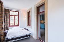 Referenz Villa Richter - Schlafsofa Bruno mit Matratze 140cm breit klein